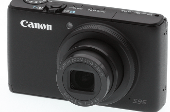 Canon PowerShot S95 Manual for Canon Strong-Built Compact
