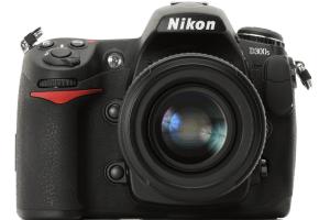 Nikon D300S Manual for Nikon's Superior DSLR Camera