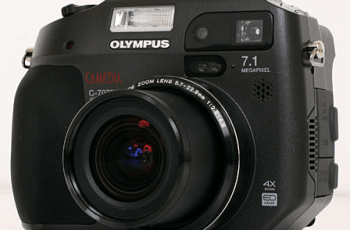 Olympus C-7070 Wide Zoom Manual: Manual of Wide Zoom of Professional in Rugged Packaged