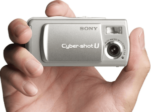 Sony DSC-U20 Manual (camera body looks so small)
