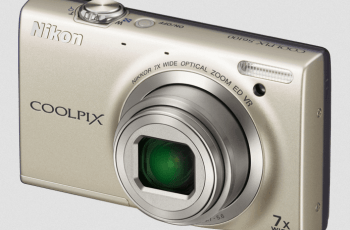 Nikon CoolPix S6100 Manual - camera front side