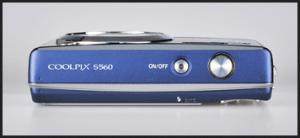 Nikon CoolPix S560 Manual - camera side