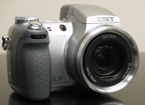 Sony Cyber-Shot DSC-H2 Manual User Guide and Review