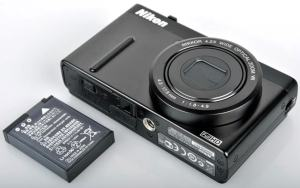 Nikon CoolPix P300 Manual - camera side