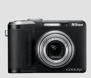 Nikon CoolPix P60 Manual-camera front face