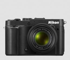 Nikon CoolPix P7700 Manual - camera front side