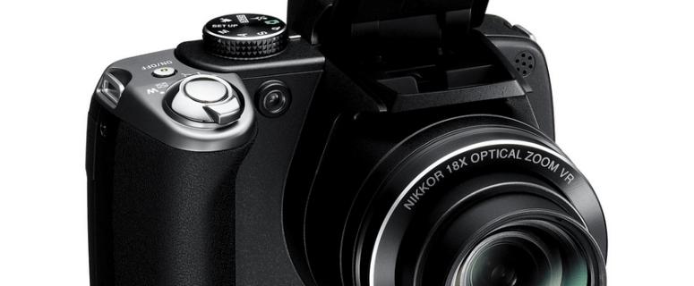 Nikon CoolPix P80 Manual - camera front side