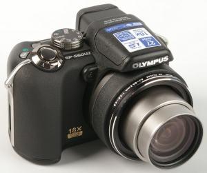 Olympus SP-560 UZ Manual - camera front face