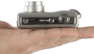 Nikon CoolPix L11 Manual - camera side
