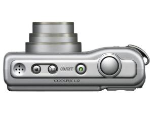 Nikon CoolPix L12 Manual; camera side