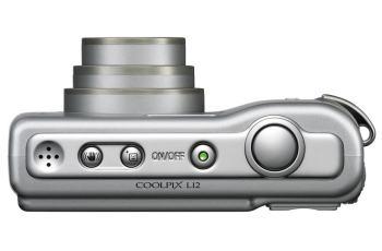 Nikon CoolPix L12 Manual; camera side