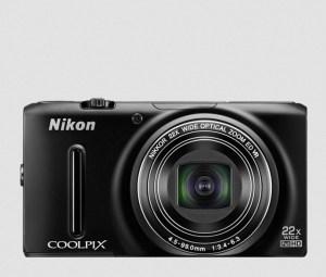 Nikon CoolPix S9500 Manual-camera front face