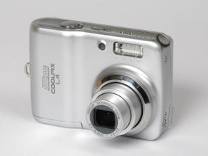 Nikon Coolpix L4 Manual - camera front face
