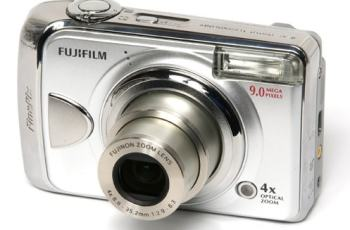 Fujifilm FinePix A920 Manual for Fuji's Entry-Level Camera with Advanced Features