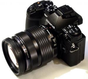 Olympus OM-D EM-1 Manual - camera side