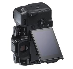 Fujifilm X-H1 Review; Unique Tilting LCD
