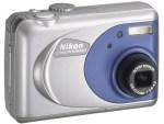 Nikon CoolPix 2000 Manual - camera backside