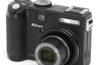 Nikon CoolPix P5100 Manual - front face