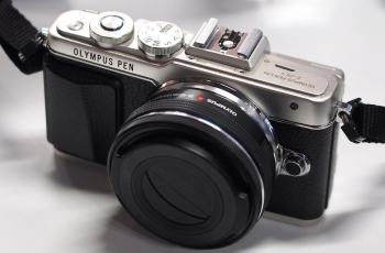 Olympus E-PL7 Manual - camera top plate