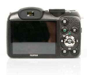 FujiFilm FinePix S2500HD Manual - camera rear side