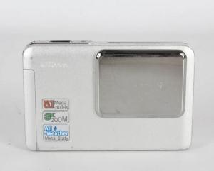 Nikon Coolpix S2 Manual - camera front face