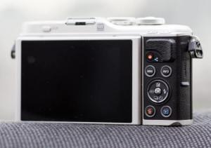 Olympus E-PL9; Camera rear side