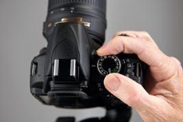 Basic Shooting Techniques  :   Diaphragm Settings