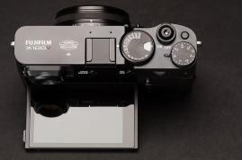 Fujifilm X100V: Body and Button Camera