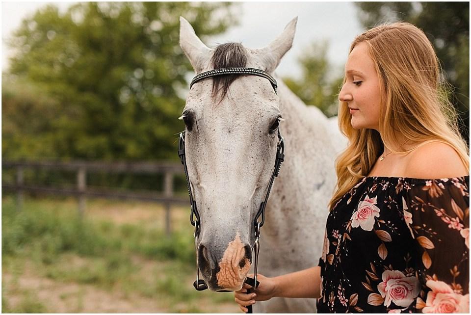 Senior Photography in Chaska Minnesota with horse_0025.jpg