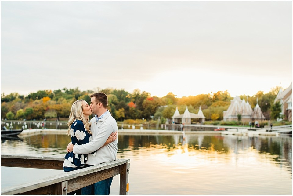 Lake Harriet Bandshell Fall Engagement Session