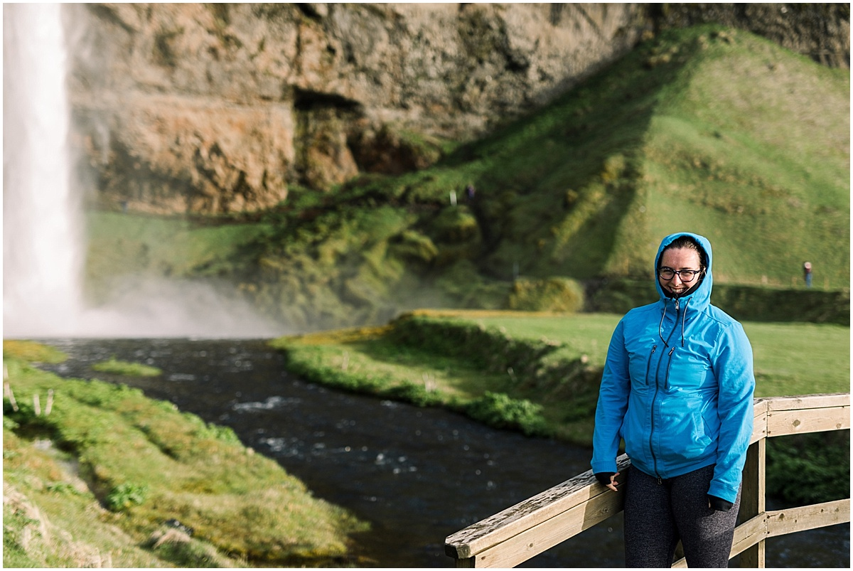 Iceland Photographers of elopements and weddings near the waterfalls