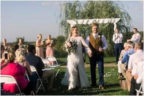 Terra Nue Farm Off beat bride non-traditional outdoor hipster wedding_0103
