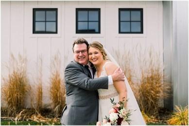 Gathered Oaks Barn Fall Wedding_0040