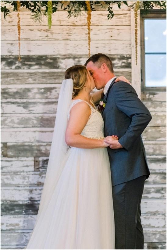 Gathered Oaks Barn Fall Wedding_0145