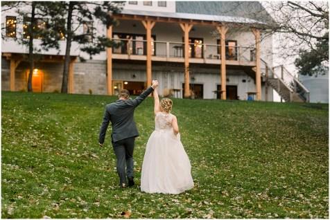 Gathered Oaks Barn Fall Wedding_0168