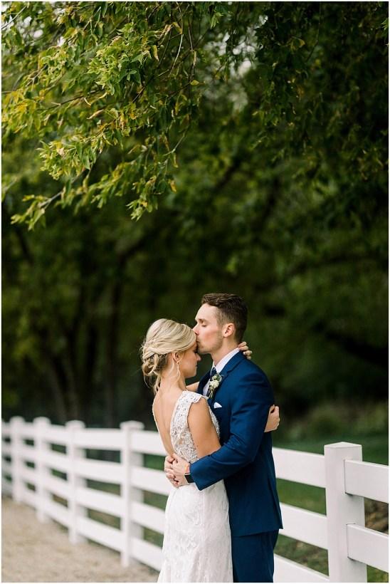 Minneapolis Minnesota Wedding and Engagement Photographer for the Joyful_0066