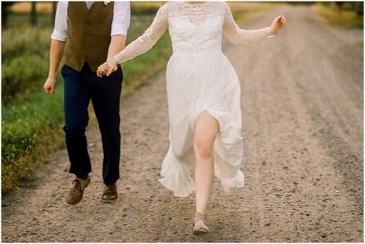 Minneapolis Minnesota Wedding and Engagement Photographer for the Joyful_0089