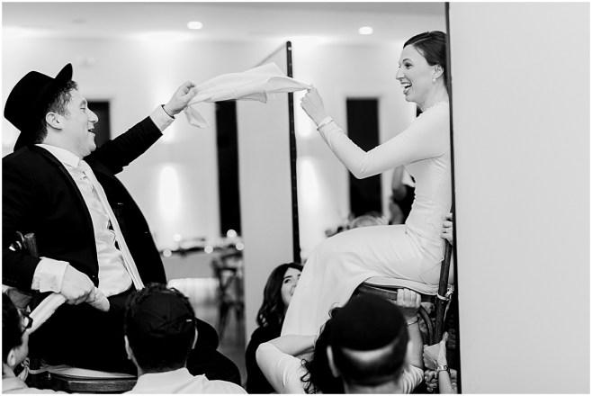 Minneapolis Minnesota Wedding and Engagement Photographer for the Joyful_0111