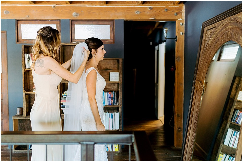 Los Angeles Destination Wedding at Smoky Hollow Studios by Cameron and Tia Photography