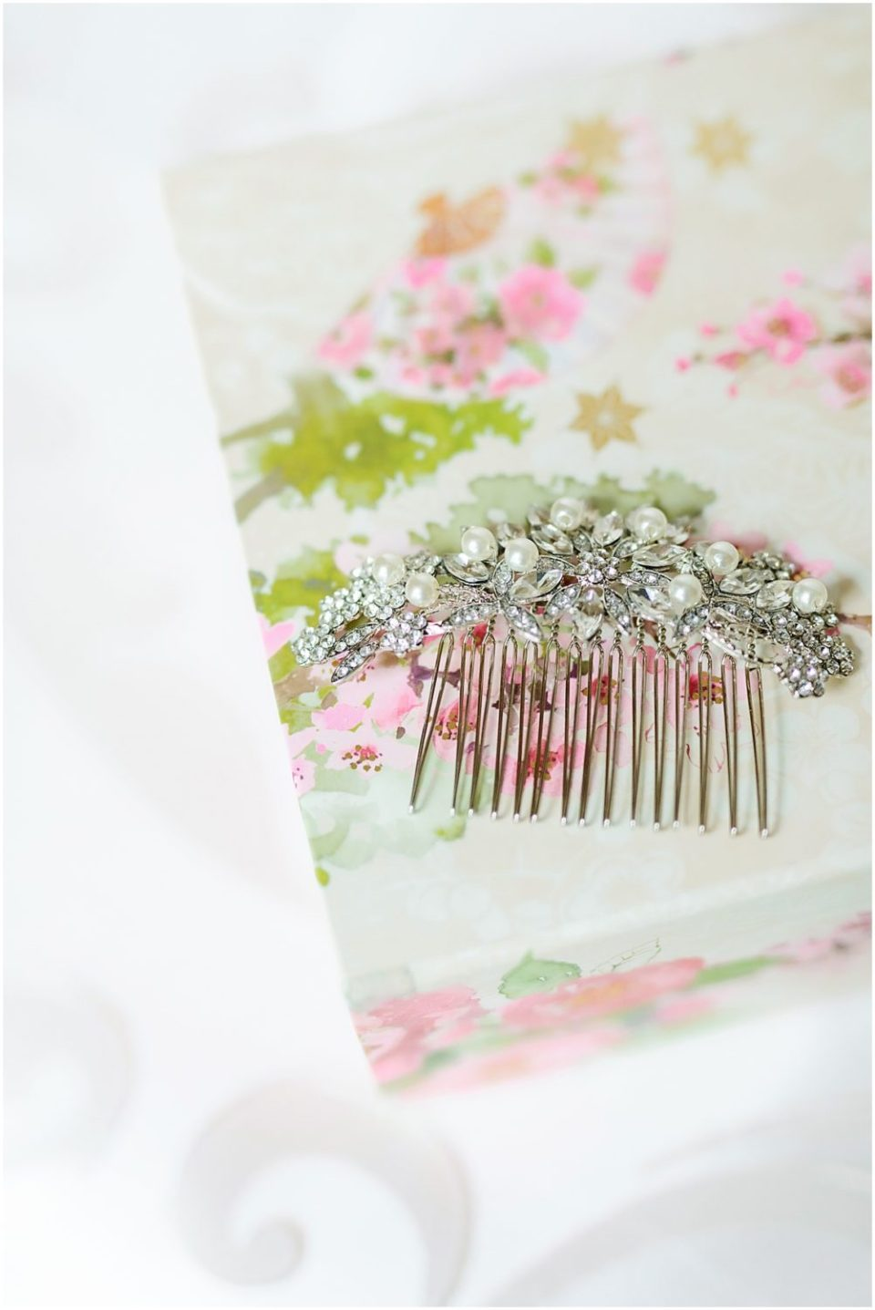 Bearpath Golf and Country Club Spring Wedding hairpiece