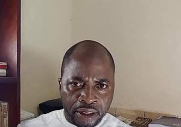Cameroun : Séquestré par le Colonel Emile Mbankoui, Fridolin Nké fait un direct sous la menace