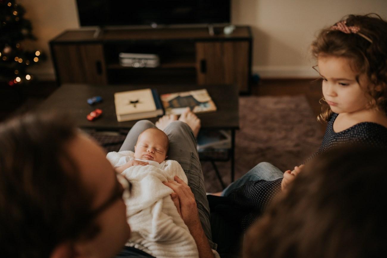newborn_family_inhome_chesapeake_virginia_camillecamacho-3