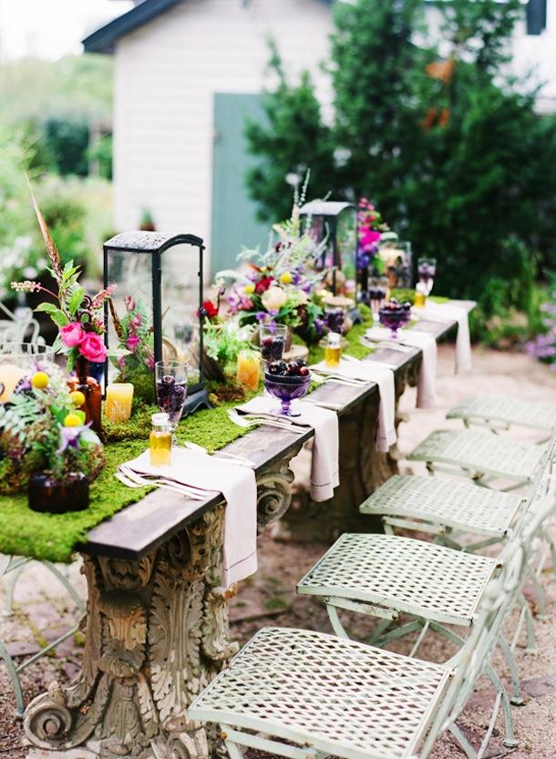 10 Best Springtime Tables - Camille Styles on Backyard Table Decor id=94463
