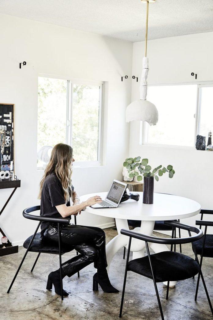 sacha strebe home office