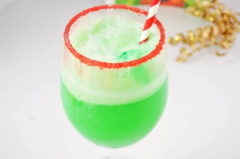 Christmas grinch punch (bright green)