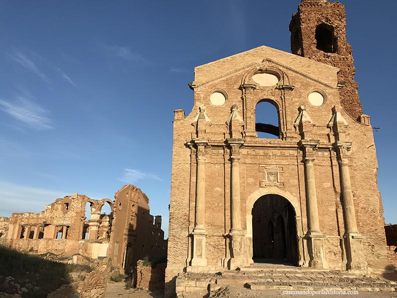 Iglesia de San Martin de Tours en Belchite