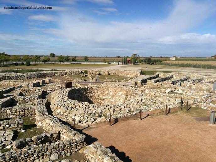 Cisterna en el centro del poblado de Vilars d'Arbeca