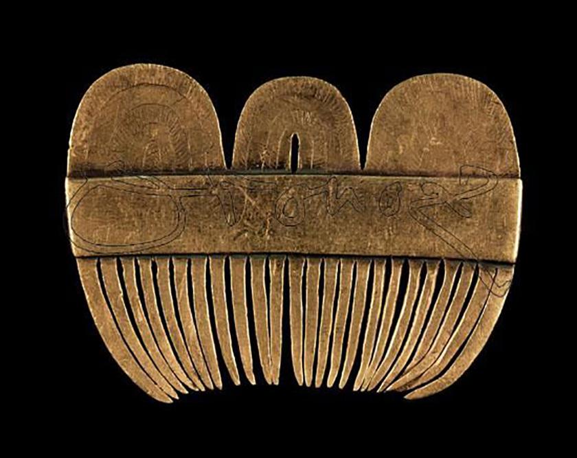 Una de las piezas más singulares, el peine del Tesoro de Caldas I