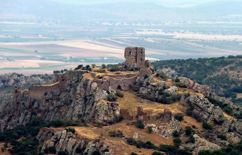 Los restos del Castillo de Salvatierra