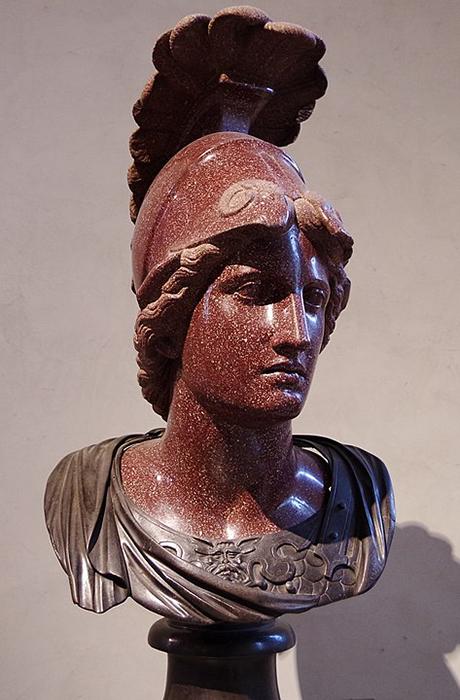 Minerva la diosa favorita de Domiciano, incluso su legión llevó su nombre.
